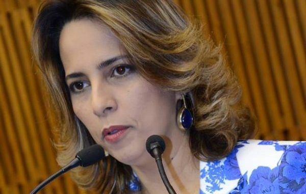 Vereadora Elian Santana é condenada pelaJustiça.