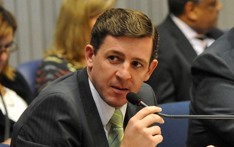 Por perseguição, Morando demite funcionários dasaúde.